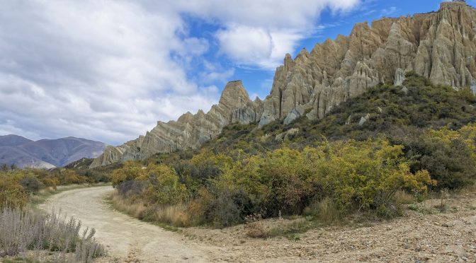 A Visit to New Zealand's Clay Cliffs